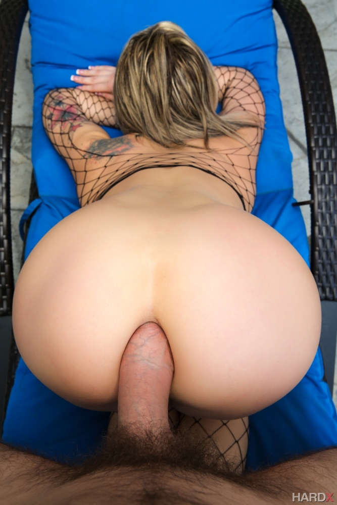 Viewing Porn  for Nude anal..